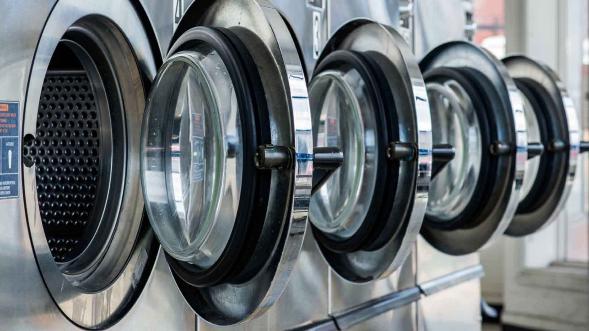 Waschmaschine Reinigen Klar Waschmaschinen Mussen Ab Und Zu